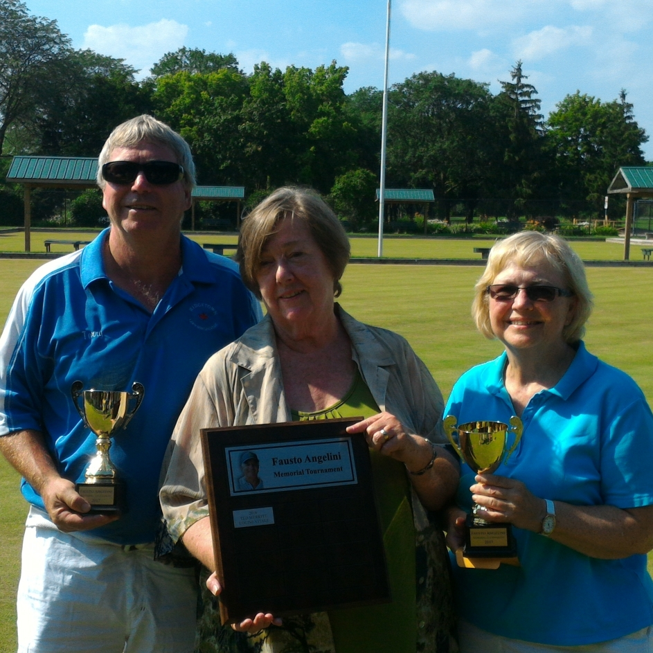 Sponsor Sandy Angelini with winners Terry Little and Bev Snobelen
