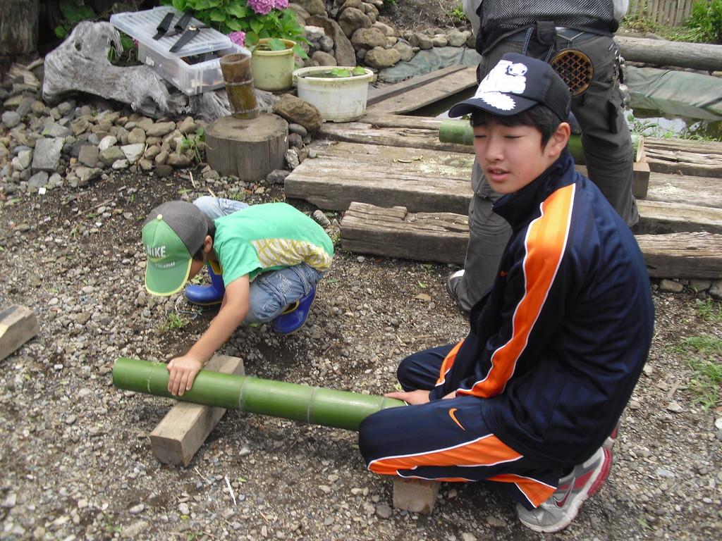 竹の太さで味噌汁の入る量が変わります。好きな大きさを選んでねー!