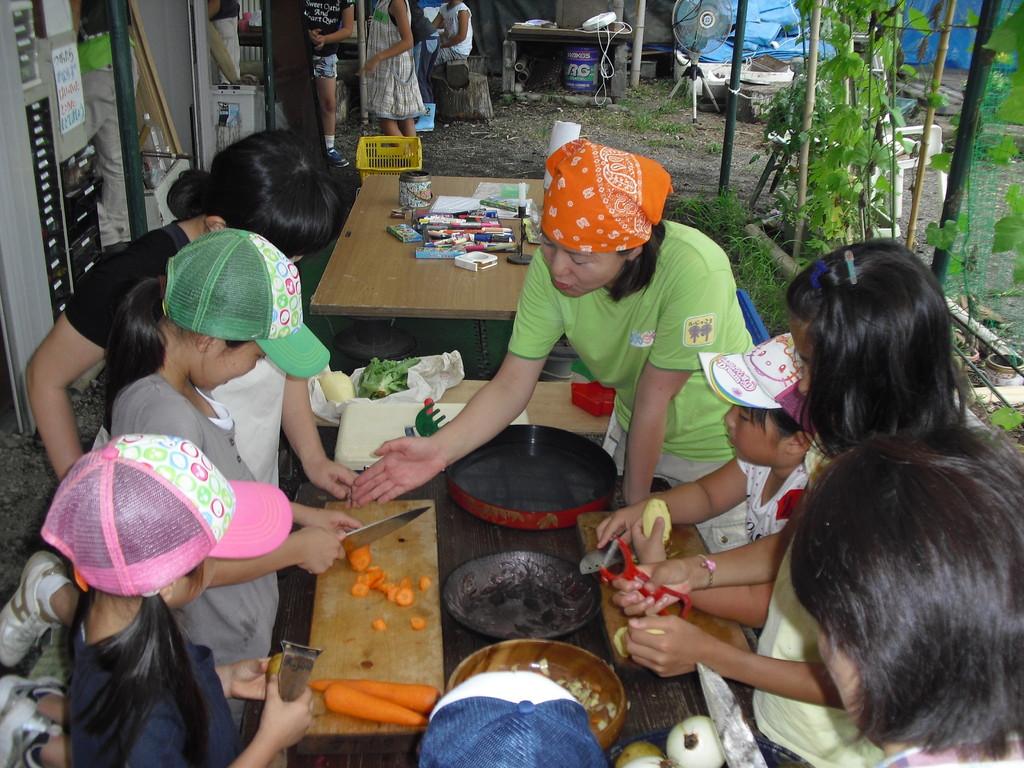 カレーを作るグループです。