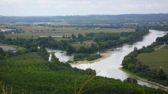 Lot-et-Garonne - Le confluent du Lot et de la Garonne depuis le Pech_de_Bère