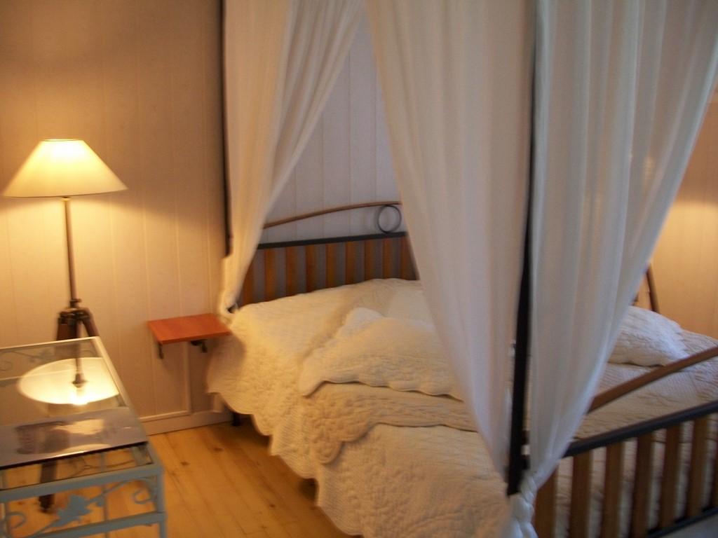 Chambres d'hôtes Le Pré Joli à Cancon - La chambre claire