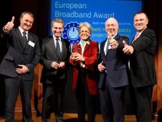Österreichische Glasfaser Verlegung gratuliert NÖGIG
