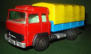 136 Camión Magirus transportes