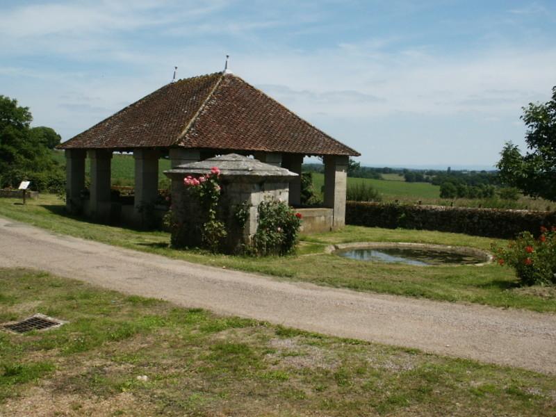 Le lavoir de Crux La-Ville