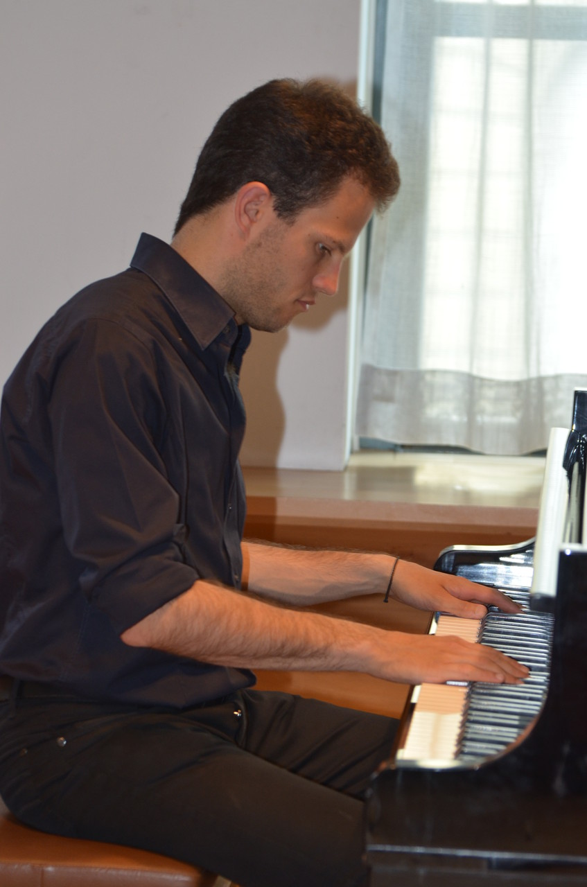 Piano: Daniel Infanger
