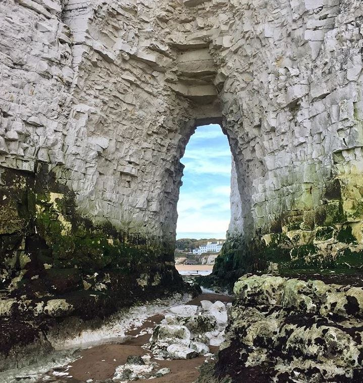 Chalk arch at secluded Kingsgate Bay. Image: Broadstairs Apartments