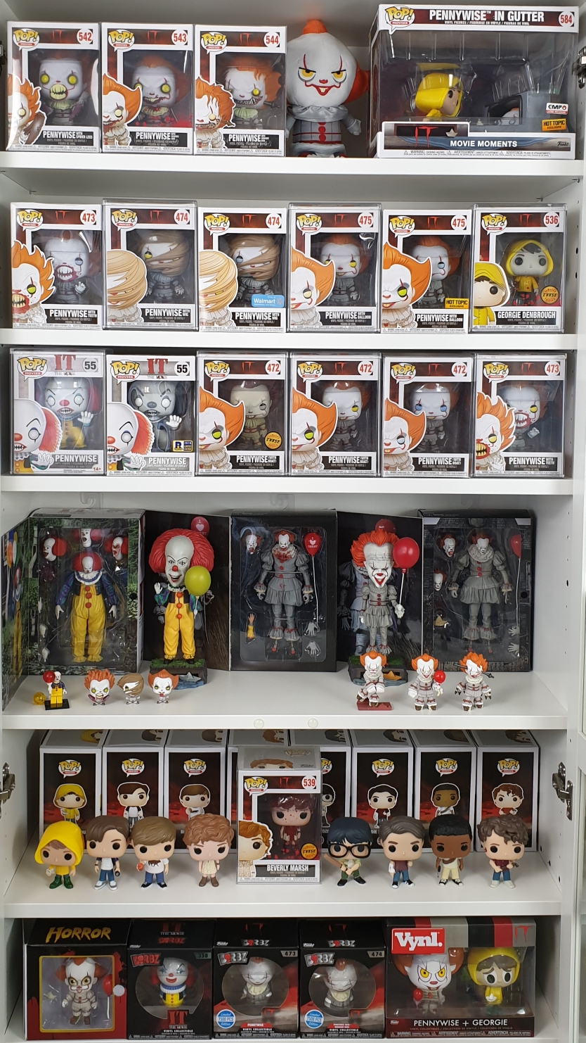 Funko Pop Pennywise Collection