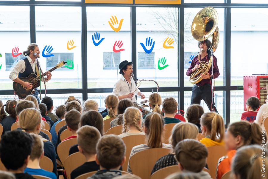 Schülerkonzert mit Triple Trouble