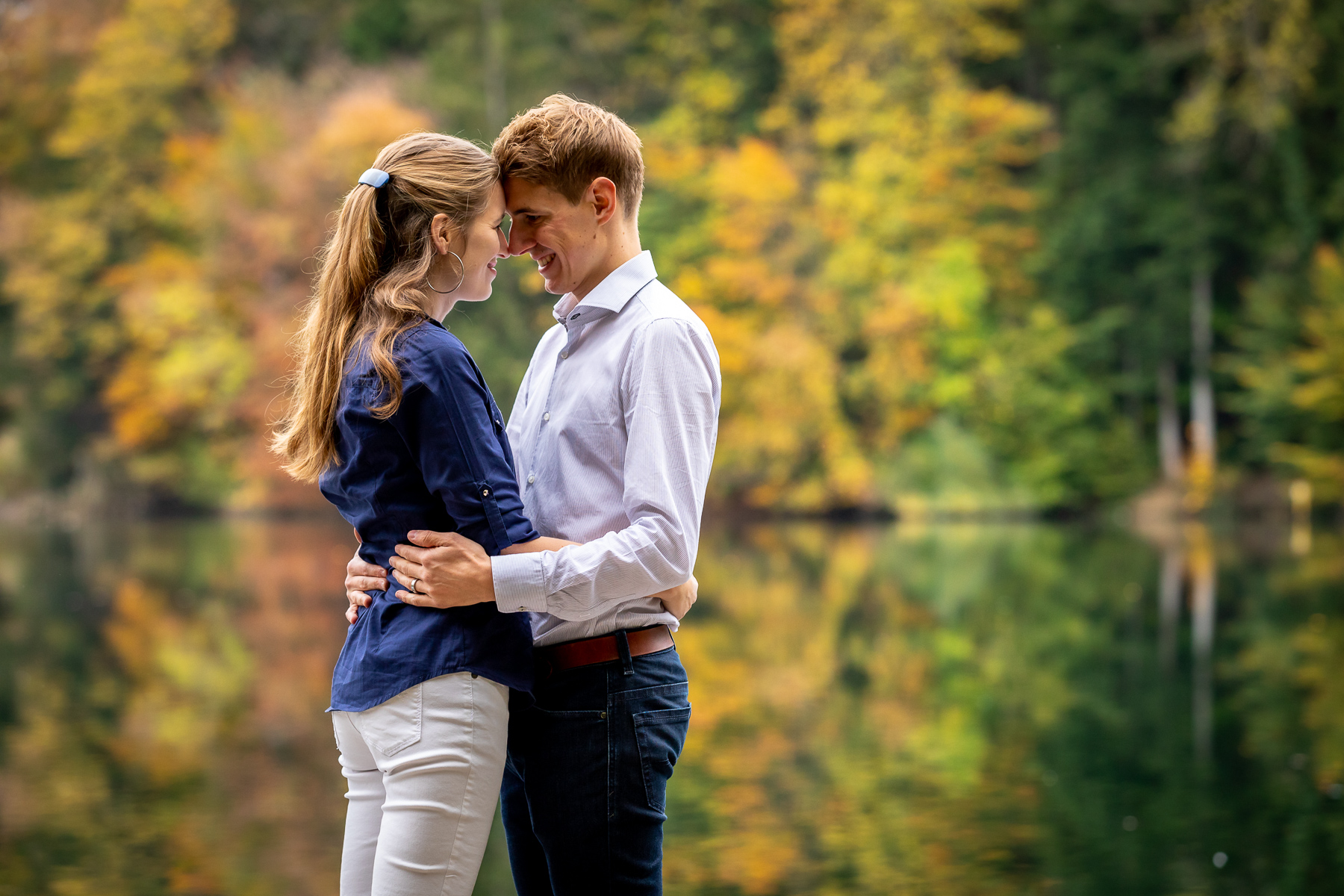 Paarfotos im Herbst