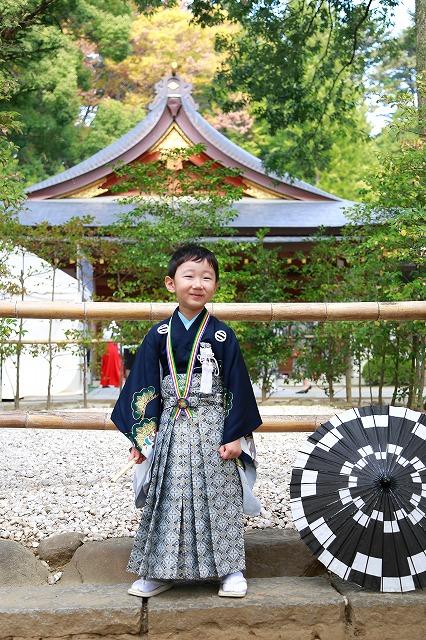 武田神社にて凛々しい五歳男の子七五三写真撮影
