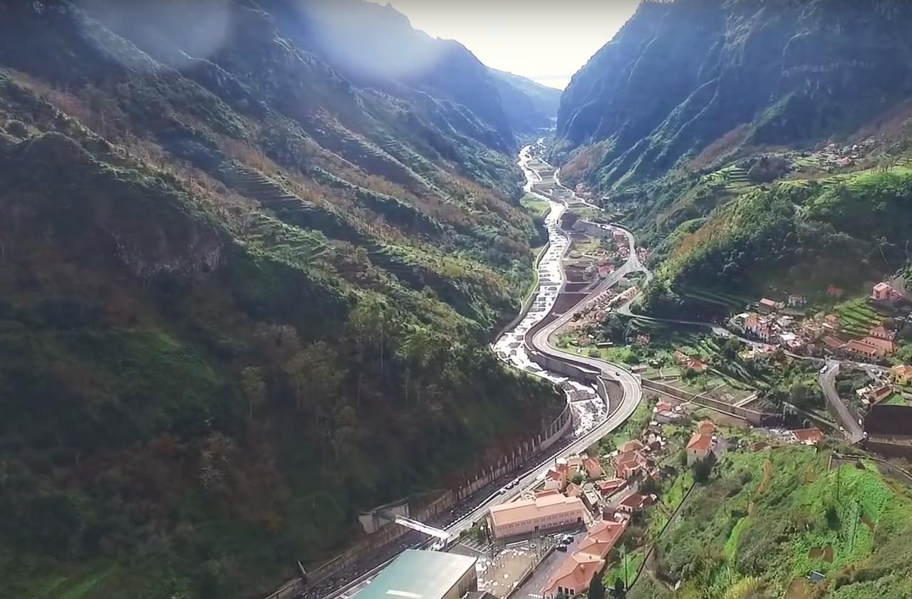 Wasserwege und Straßen