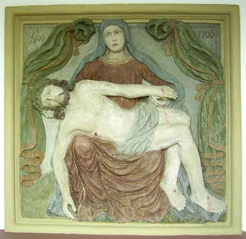 Pieta aus dem Jahre 1706 (Schmerzensmutter mit ihrem toten Sohn auf ihrem Schoß) - Foto: HPD