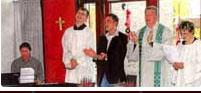 Timo Winkelhüsener feiert eine Messe im Caritas-Wohnheim