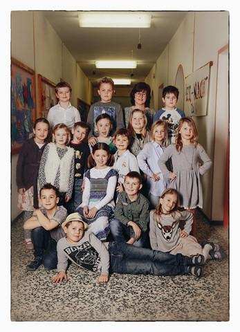Klasse 2b mit ihrer Lehrerin Irene Jungmann