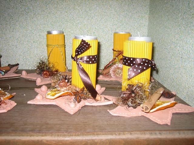Weihnachtliche Kerzenständer aus Ton
