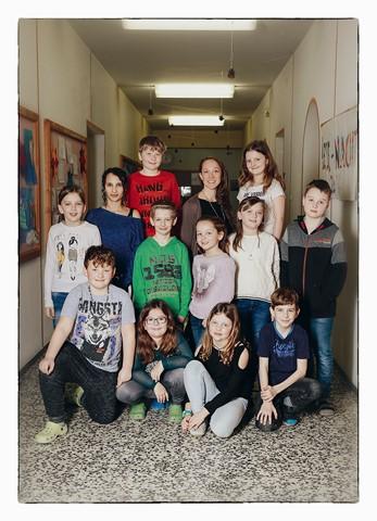 Klasse 3a mit ihren Lehrerinnen Julia Sieberer und Tamara Aznaid