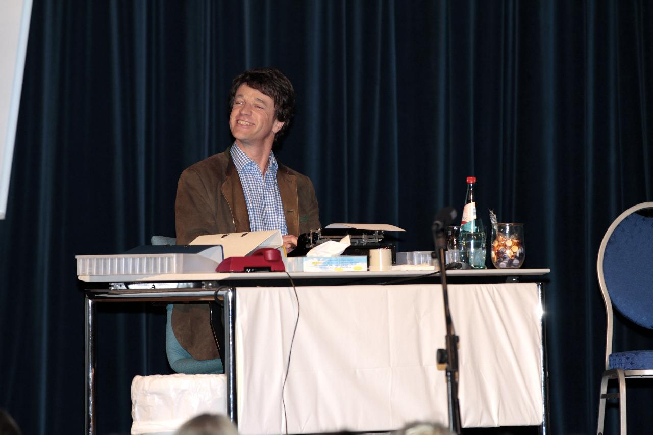 ... Theaterspiel zum 25. ifb-Firmenjubiläum ...
