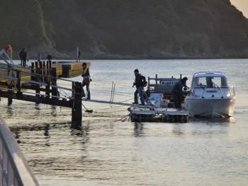 藤沢市・江ノ島の遊覧船の桟橋