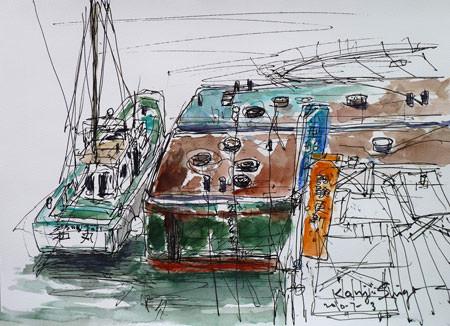 横浜市・神奈川区瑞穂橋近くの浮き桟橋と船