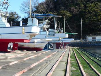 鎌倉・腰越漁港の船揚場