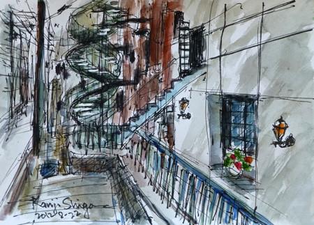 横浜・元町の霧笛楼と螺旋階段