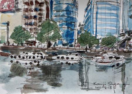 横浜・川端通りの船とビル