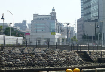 横浜・馬車道の時計台