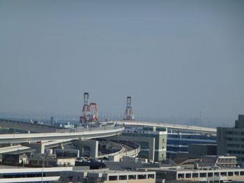 横浜・横浜港のガントリークレーン