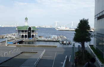 横浜・みなとみらいぷかり桟橋