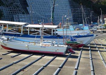 神奈川県・真鶴漁港の船置場