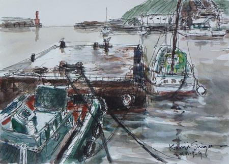 神奈川県・浮き桟橋と工事船など