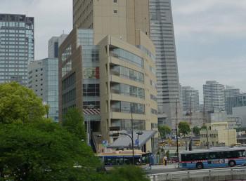 横浜市・桜木町のクロスゲートビル