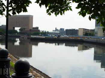 横浜・ナビオス横浜遠望