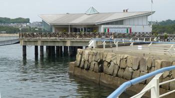 横浜・八景島シーパラダイスの海上レストラン