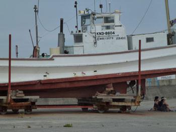 茅ヶ崎市・茅ヶ崎漁港の漁船