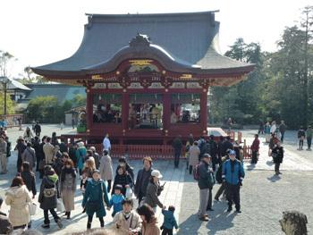 鎌倉市・鶴岡八幡宮の舞殿