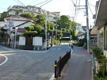 横浜・代官坂のマンションと住宅