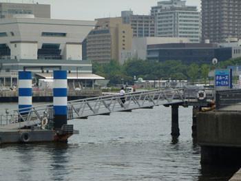 横浜・赤レンガ倉庫のピア赤レンガ桟橋