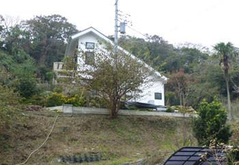 鎌倉市・丘の上の一軒家