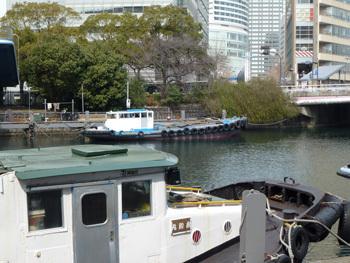 横浜市・川端通りの船溜まり
