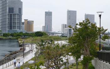 横浜・高島水際線公園