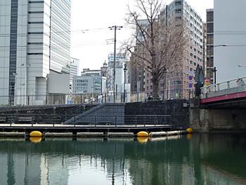 横浜市・馬車道の時計台