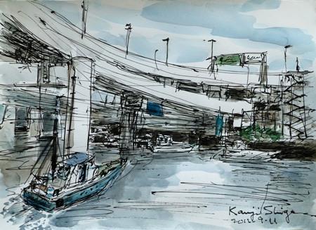 横浜・山下橋東の高速道路と船