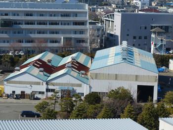 藤沢・新林公園の展望台から見た工場