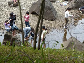 横浜・四季の森公園のじゃぶじゃぶ池