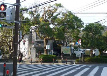 鎌倉市・江ノ電鎌倉駅前のKOBAN(交番)