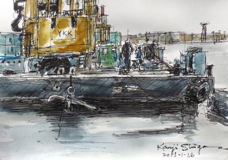 鎌倉・腰越漁港のクレーン船