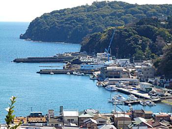 神奈川県・真鶴漁港遠望