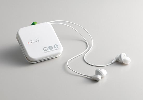 周囲の騒音を約90%カットしながらも、人の呼びかけ声は聞こえる 「デジタル耳せん」