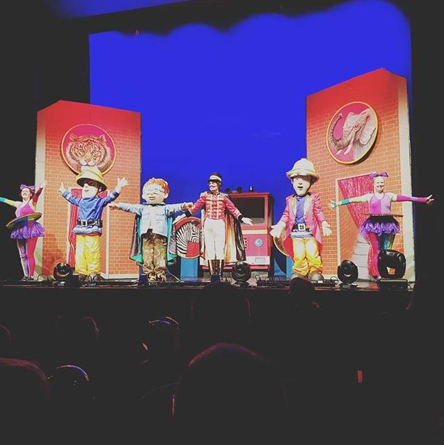 © Sonja Geiger: Feuerwehrmann Sam rettet den Zirkus, 2018 [Theater auf Tour, Darmstadt]